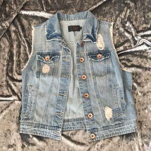Cutoff denim jacket
